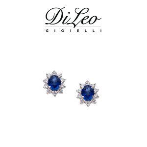 DI LEO Orecchini margherita con diamanti ct compl. 0,30 oro bianco 18 KT e zaffiro Daydream44/01