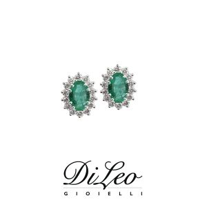 DI LEO Orecchini margherita con diamanti ct compl. 0,36 oro bianco 18 KT e smeraldo Daydream47/03